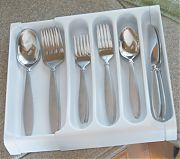 Camco 43503 Adjustable Cutlery Traywht.