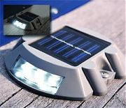 Dock Edge 96255F Solar Dock & Deck Light