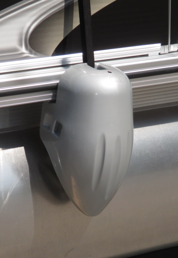 Taylor Made 31035 Silver Pontoon Fender Taylor Made